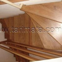 Escada de madeira simples preço